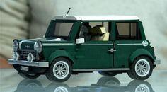 クリエイターシリーズのエキスパート向けの車が大人でも満足できる素敵な仕上がりになります。♡写真は新登場の「MINIクーパー」。他にもワーゲンバスなどがあり、並べて飾っても素敵です。車内などの細かい部分までとても良く再現されています。