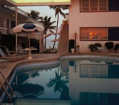 Pool, Dusk, Sun in Window, Florida, 1978 Joel Meyerowitz Street Photographers, Landscape Photographers, Lizzie Hearts, Eugene Atget, William Eggleston, Color Photography, Motel, Architecture, Cities
