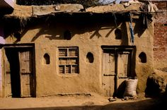 Mud House - Essence of Rural Indian Architecture Indian Architecture, Vernacular Architecture, Natural Architecture, Sustainable Architecture, Mud Hut, Hut House, India House, Rural India, Rural House