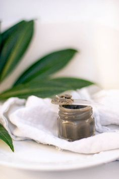 DIY Cleansing Balm   My All-Natural Skincare Regimen   http://hellonatural.co/diy-cleansing-balm-my-all-natural-skincare-regimen/