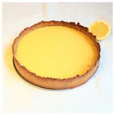 Lemon Tart with Coconut Cream (gluten & dairy-free, can be made LCHF). I doubled the filling and added extra lemon juice, still using same amount of lemon zest, to make it more creamy. Next time I'll also need to double the crust. Gluten Free Baking, Gluten Free Desserts, Dairy Free Recipes, Baking Recipes, Delicious Desserts, Cake Recipes, Dessert Recipes, Eating Lemons, The Best