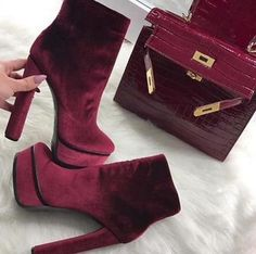 Womens Best Designer Shoes Style Shoes Fashion For Everyday High Heel Boots, Heeled Boots, Bootie Boots, Shoe Boots, Hot Shoes, Shoes Heels, Pumps, Flats, Shoes Sneakers