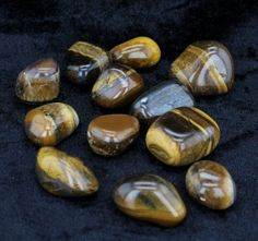 Tigers Eye enhances integrity. Excellent to use in goal setting, supports the immune system. Balances yin-yang and heals the emotional body.