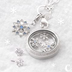 'Tis the season to *sparkle!* Introducing the 2015 Holiday Hostess Exclusive! Contact your local Origami Owl Independent Designer for details.
