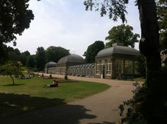 It's impossible to know how many first dates the Sheffield Botanical Gardens may have hosted. But since it opened in 1836, we're sure it's a fair few. One of the many couples to grace (and love) the 19 acre gardens was eHarmony's David and Joanna.