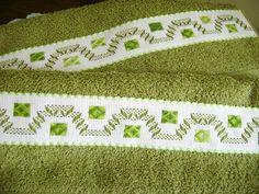 toallas de baño decoradas en crochet - Buscar con Google