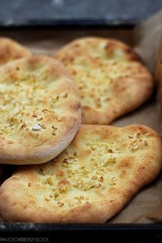 "chlebki Naan - Gotuję, bo lubię ""There are people in the world so hungry, that God cannot appear to them except in the form of bread.""""There are people in the world so hungry, that God cannot appear to them except in the form of bread. Kitchen Recipes, Cooking Recipes, Breakfast Desayunos, Good Food, Yummy Food, Naan, Polish Recipes, Bread Baking, Food To Make"
