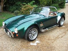 Epping Motor Company who specialists in selling an interesting mix of old and new cars our showroom is near Ongar in Essex and we supply left-hand and right-hand drive cars from AC to Zil from the early 1900's right up to the present day, including American, Kit Cars and Replicas.