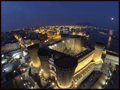 Napoli, Castel  Nuovo o come meglio conosciuto Maschio Angioino.