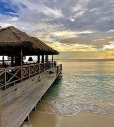 """9abd6751a5 Lotty Bunbury on Instagram: """"The perfect Caribbean sunset at our wonderful  Basil's Bar! Time for a cocktail...⠀ .⠀ .⠀ .⠀ .⠀ .⠀ #mustique #sunset ..."""