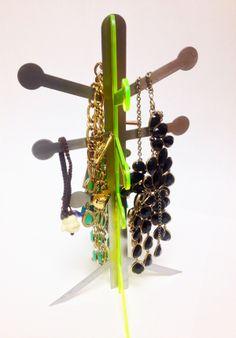 Percha para joyería · Jewelry holder
