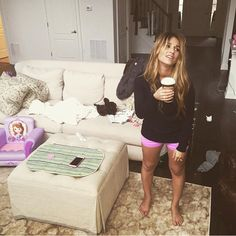 Jessie James Decker #momlife