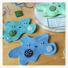 Could make amoeba/germs to sit in Petri dishes for lab out of felt