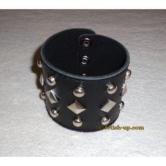 bracelet en cuir clouté, fabrication artisanale