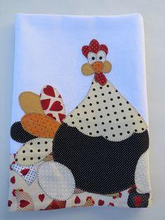Patch aplique de Galinhas de angola. Bordado em ponto caseado. Barra e aplicação em tecido 100% algodão. Sob encomenda, as estampas podem sofrer alterações, mantendo as tonalidades.