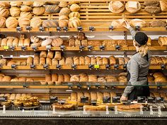 Better of course. Bakery Store, Bakery Cafe, Bakery Shop Design, Bread Display, Deli Shop, Cozy Coffee Shop, How To Store Bread, Bakery Interior, Bakery Kitchen