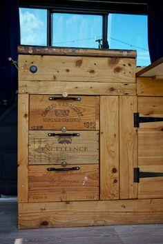 5 Favourite Campervans at Camp Quirky ⋆ Quirky Campers Old Crates, Wine Crates, Wooden Crates, Camper Storage, Tv Storage, Record Storage, Diy Van Camper, Van Shelving, Converted Vans