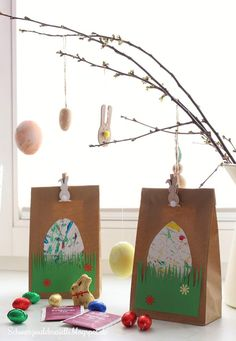 Ostertüten - New Ideas Easter Gift, Easter Crafts, Kitchen Ornaments, Christmas Ornaments, Creative Money Gifts, Home Grown Vegetables, Fall Decor, Holiday Decor, Diy For Kids