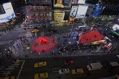 Times Square'de Sevgililer Günü Tasarımı