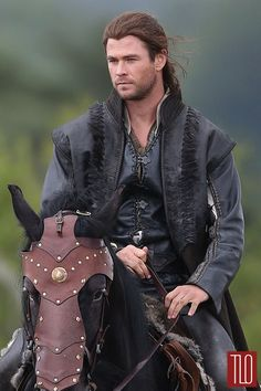 Chris Hemsworth | The Huntsman Winter's War
