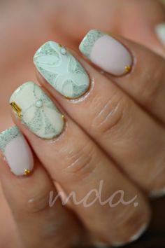 Reminds me of that swirl granite counter top. Fabulous Nails, Gorgeous Nails, Pretty Nails, Fancy Nails, Love Nails, My Nails, Cute Nail Art, Beautiful Nail Art, Gel Uv