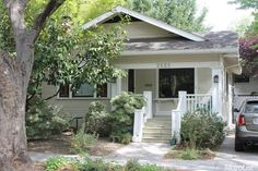 2 Bedroom 1080 sq ft Craftsman Bungalow Home in Curtis Park sold for $427,000 Jan 2016