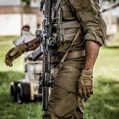 Quality gear is essential. #mk18 #danieldefense #guns #firearms