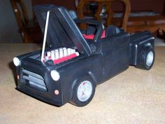 PICKUP DODGE TOIT COUP 6 image Woodworking Projects Diy, Diy Projects, Wooden Car, Dodge, Garage, Puzzle, Trucks, Toys, Wooden Toy Plans