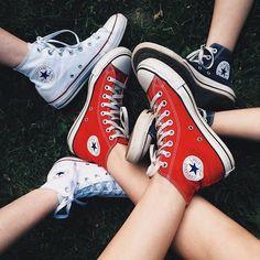 Galaxy Converse, Converse All Star, Converse Chuck Taylor, Style Converse, Converse Shoes High Top, Red Converse, Cute Sneakers, Converse Sneakers, Grunge Style