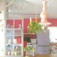Yukanenkoさんの、Kitchen,星,ペンダントライト,DIY棚,手作り照明,クリスマスディスプレイ,カラフルな部屋,カラフルシャンデリア,X'masディスプレイについての部屋写真