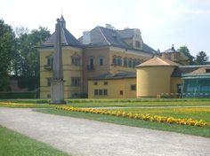 Salzburg - Hellbrunn Castle (Wasserspiele Hellbrunn) - Sound of Music pavilion and cool fountains
