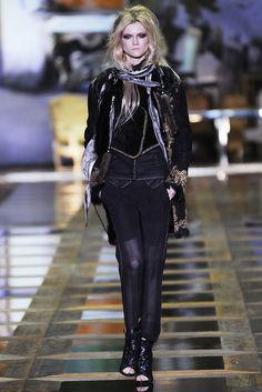 Roberto Cavalli Fall 2010 Ready-to-Wear Fashion Show - Kasia Struss