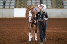#Showmanship Tip: Look up and know exactly where you need to go all the time. When you do so, you'll be sure to hit your marks, exude poise and show the judge that you are a really good hand with a horse. Now that you have these tips, show off your new skills! Visit aqha.com/showschedule to find a show near you.