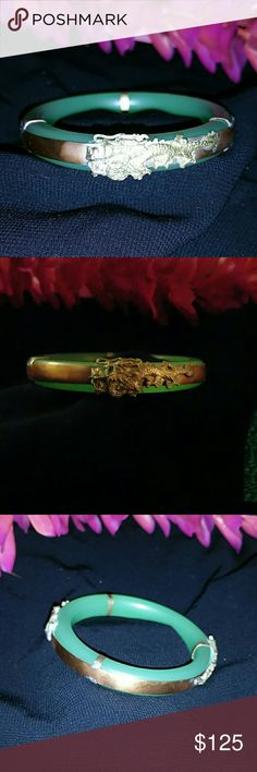 Vintage bangle Vintage green apple not sure if is jade look it is but I'm not sure!  bangle Jewelry Bracelets