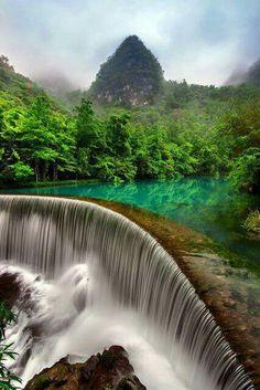 Encantada, Cachoeira em Libo #China..