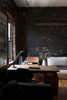 Um lugar para trabalhar junto à janela