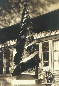 Johannes Itten. Torre de fuego, 1920. Más de 4 metros de altura.