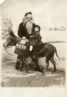 Most terrifying Santa ever.
