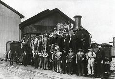 Penrith Locomotive Depot - showing workers and locomotive. Dated: c. 01/01/1900 Digital ID: 17420_a014_a0140001172 Rights: www.records.nsw.gov.au/about-us/rights-and-permissions