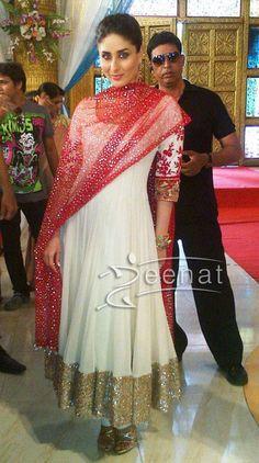 Kareena Kapoor | Manish Malhotra Anarkali Salwar Kameez | Zeenat Style