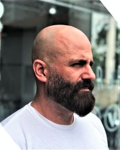 Shaved Head With Beard, Bald With Beard, Beard Styles For Men, Hair And Beard Styles, Shaved Head Styles, Bald Men Style, Barber Shop Haircuts, Beard Images, Barber Man