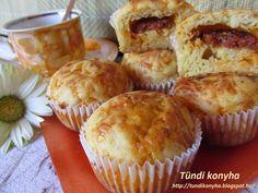 Tündi konyha: Sajtos-kolbászos muffin Pizza Recipes, My Recipes, Hungarian Recipes, Pizza Party, Calzone, Sausage, Muffins, Paleo, Cheese