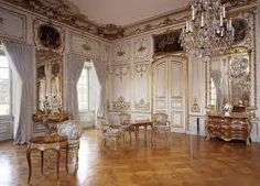 Ludwigsburg Residential Palace is one of the largest Baroque buildings in Europe to survive in its original condition. Classic Architecture, Beautiful Architecture, Interior Architecture, Interior And Exterior, Ancient Architecture, Country House Interior, Dream House Interior, Baroque Decor, French Style Homes