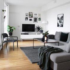 "24 Likes, 2 Comments - Minimalist Room Decor (@minimalistroomdecor) on Instagram: ""@lauvhaug in case u have a small apartment too. // Falls du auch eine kleine Wohnung hast. // """