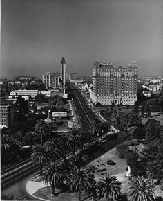 Old Los Angeles: Wilshire Boulevard transitions from a Spanish to an American street grid at Hoover, as seen in this circa 1930s.
