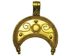 Gold Pendant. Roman Thrace, ca 200 AD. Gold lunate crescent pendant with scrolling, pellets and rope-work, suspension loop at top. 25mm.