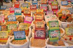 mercato a padova-piazza-delle-erbe-cereali-spezie