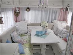camping chic ideas | Such a cozy spot to curl up and read a good book or have a romantic ...