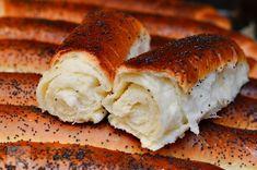 Un blog cu retete culinare, retete simple si la indemana oricui, retete rapide, retete usoare, torturi si prajituri. Hot Dog Buns, Sandwiches, Deserts, Vegan, Breads, Mac, Sweet, Blog, Bread Rolls
