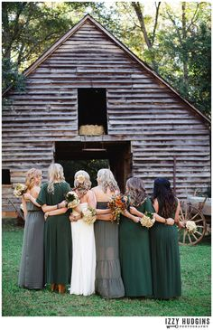 Grogeous greens & greys - #bridesmaids - Izzy Hudgins Photography Blog